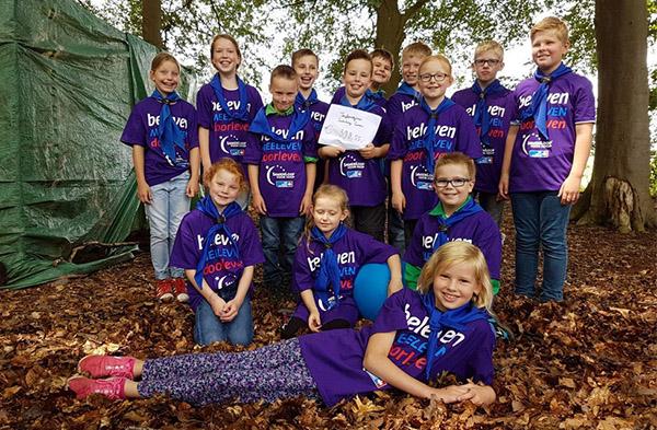 Leden van de Teylersgroep Scouting lopen mee voor Samenloop voor Hoop
